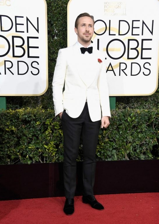 ryan-gosling-74th-annual-golden-globe-awards-yb9zxk8up52x-1483929352400