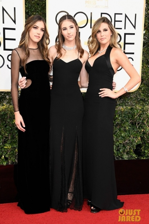 sylvester-stallones-advice-to-daughters-before-golden-globes-dont-fall-04-1483920088308-crop-1483921057288