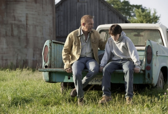 14312910-MAN-OF-STEEL-a-father-son-talk-beteen-Jonathan-Kent-and-Clark-1491393253-650-3c218321b3-1495006014