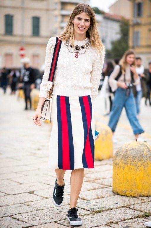 6-street-style-red-173224533